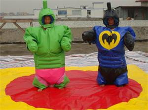 Hulk, Bat e Super Hero Sumo Suits